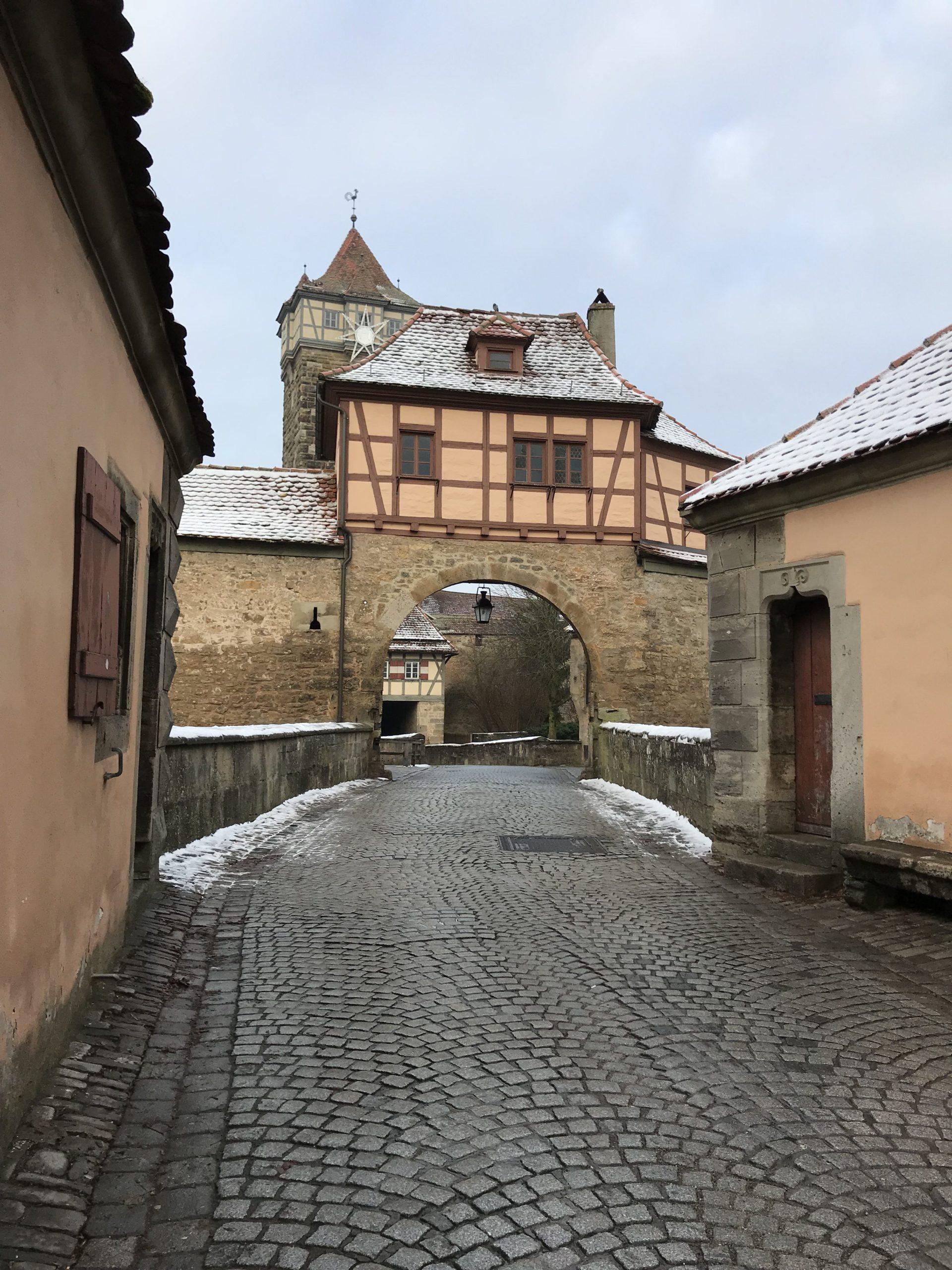 ローテンブルク 中世おとぎの街の入り口